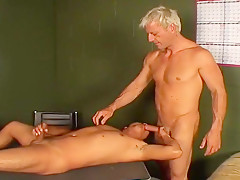 Plays bottom for blonde hunk...