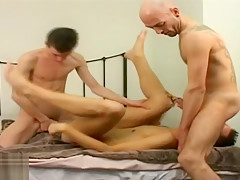 Older younger gay amateur 2way 3way bareback fucking...