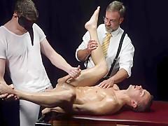 Mb hung priest barebacks submissive bottom in secret...