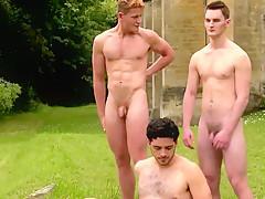 nicki minaj naked tits and ass