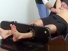 Foot videos arab male men ticklish dane back...