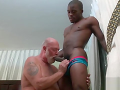 Bod like a good his daddy...