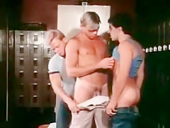 Blowjob threesome...