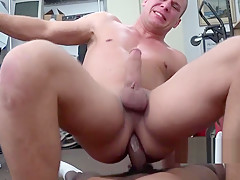 Interracial with virgin ass...