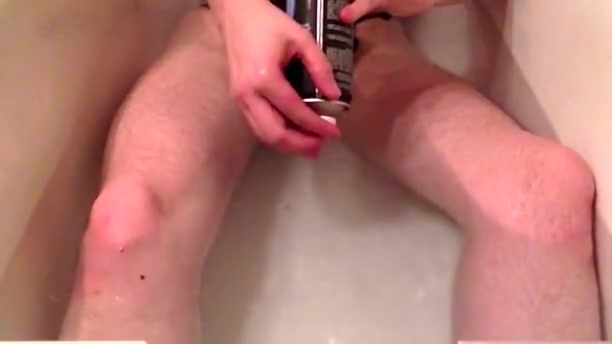 Chastity sub NisTaeN cleaning his Carrara Hyderabad car in sex clip