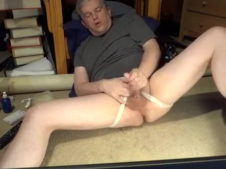 Daddy masturbating in jockstrap Naked mile video clip