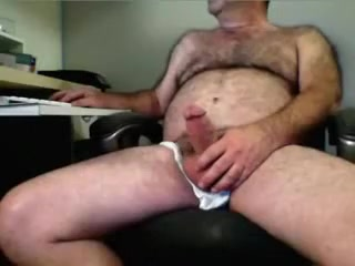 FURRY GUT PAWPAW PLAYIN Huge cock wet pussy