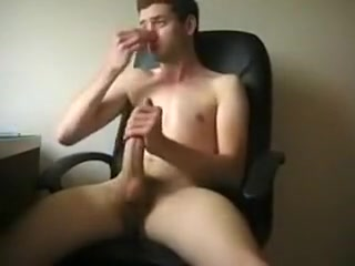Sexy guy jerks off to a computer Spy On Students Fucking In Shower