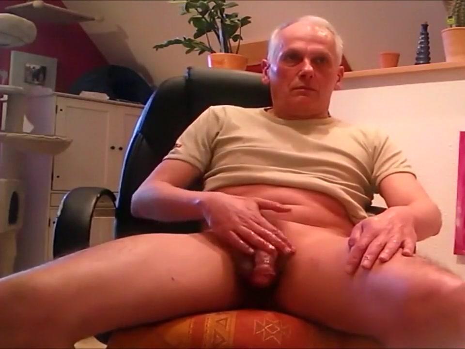 Wichse meinen Schwanz fuer Dich free nude casting video