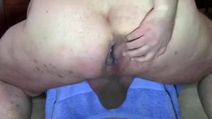 Rear view: Fat Mans Hole naked black african babes