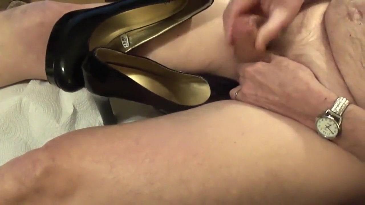 Sexy black heels fuck sexy jungle lady game