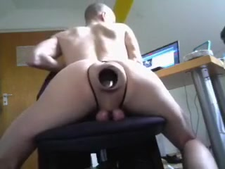 extreme gaping fetish cunt hole and ball torture Koppel zoekt huisvriend