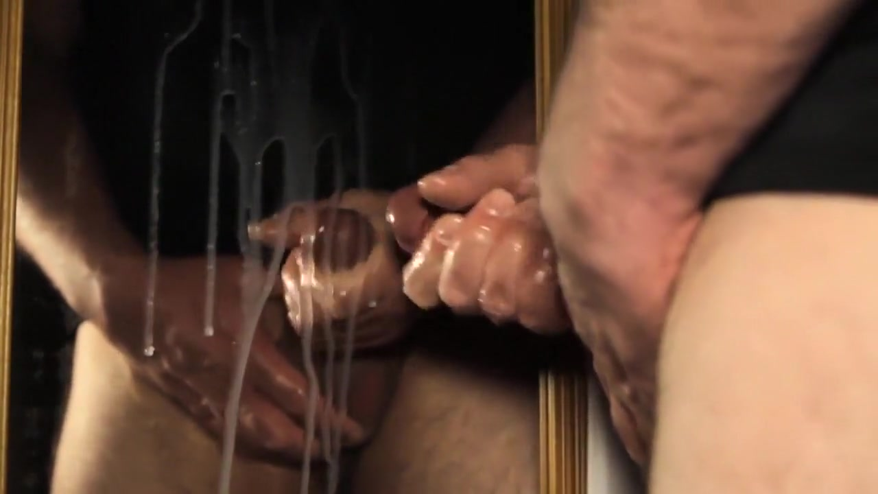 blowing a huge load on a mirror Ebony on tumblr