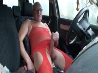 In Dessous auf dem Parkplatz Nude erotica video clips