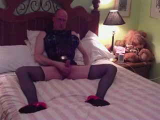 20110411 Bedroom Daily motion night club strip