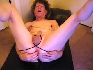 JOANNE SLAM - NASTY LESBO GRANNY TRANNY naked girl porn deep throat