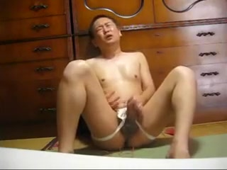 Japanese gay masturbation vol.7 The husband is the head of the wife