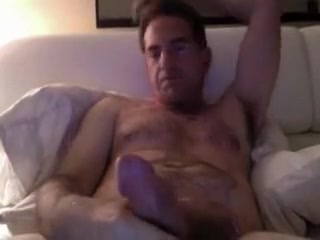 HORNY AT A HOTEL How often masturbate daily