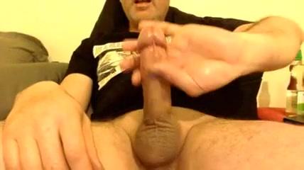 ENJOYING HIMSELF TO THE MAX Female solo masturbation galleries tgp
