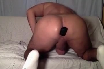 Fingering, toying my big butt Free Speed Date