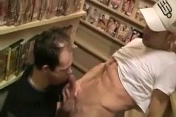 Trio Apelo en el Video Club black pastor sex scandal