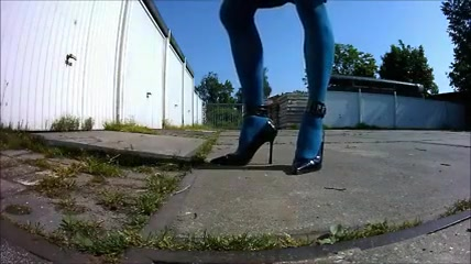 girlsy with her shoes breaking cherry teen sex video