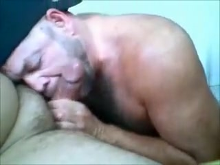 Max Magnummann SUCKED by a mandy Bear Slut in Haeju
