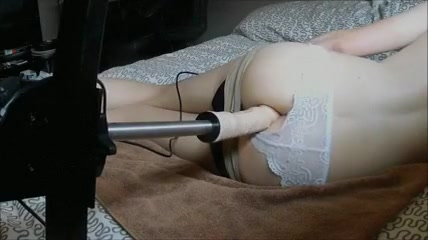Anal stretched by a machine Sex with a cold