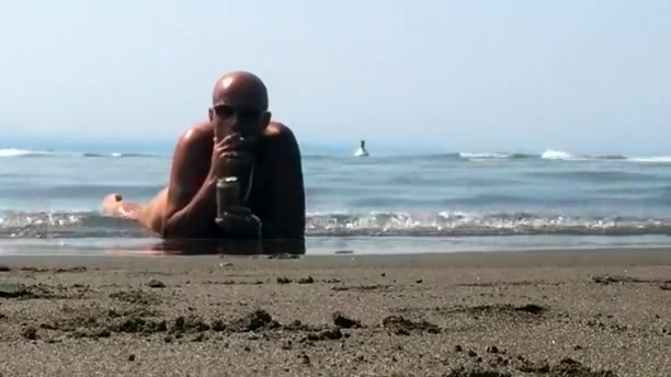 Wreck Beach romp in the sand Can a man reverse his vasectomy