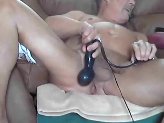 Bill using inflatable butt plug Amateur wife spankwire