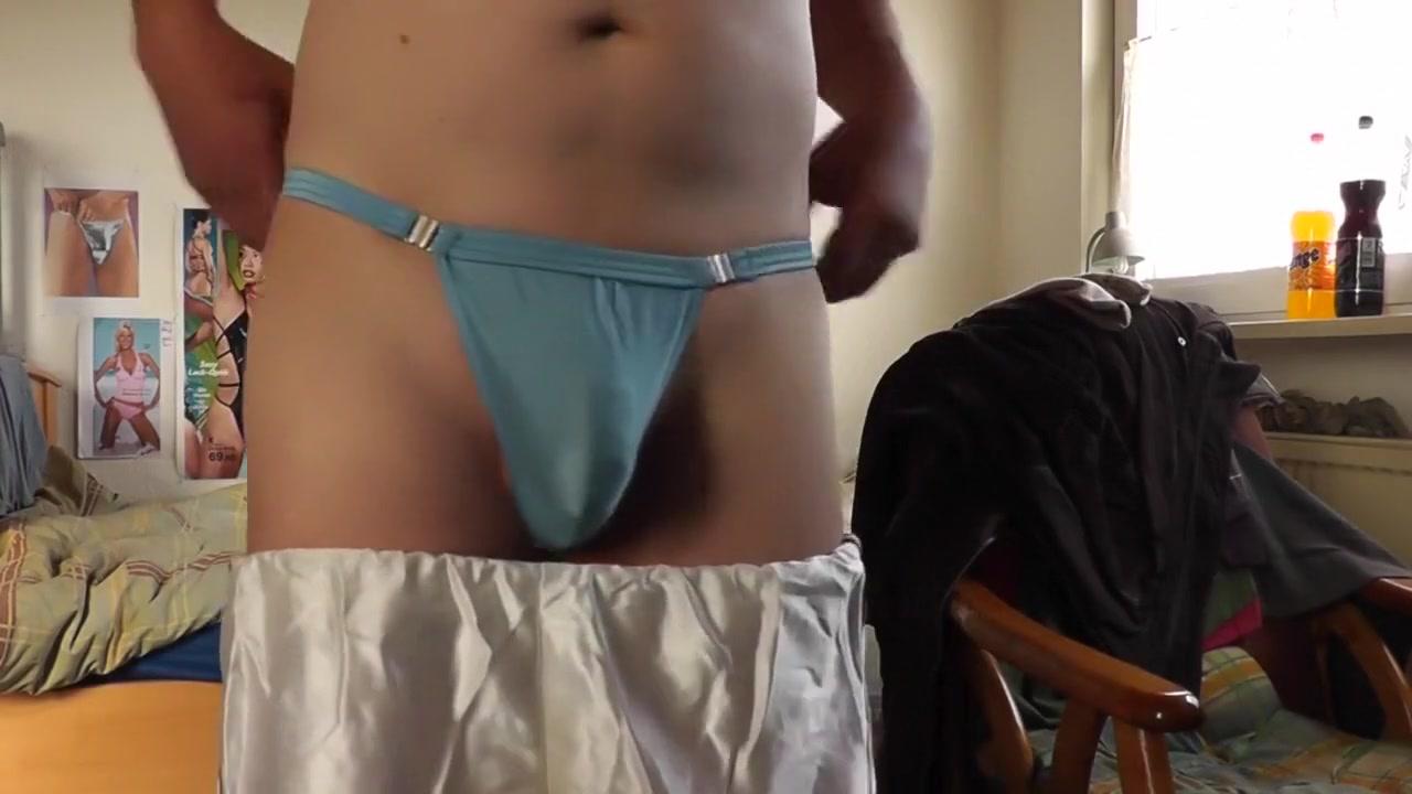 kleiner strip am boyntagmorgen scene 3 Milf Latina Porn