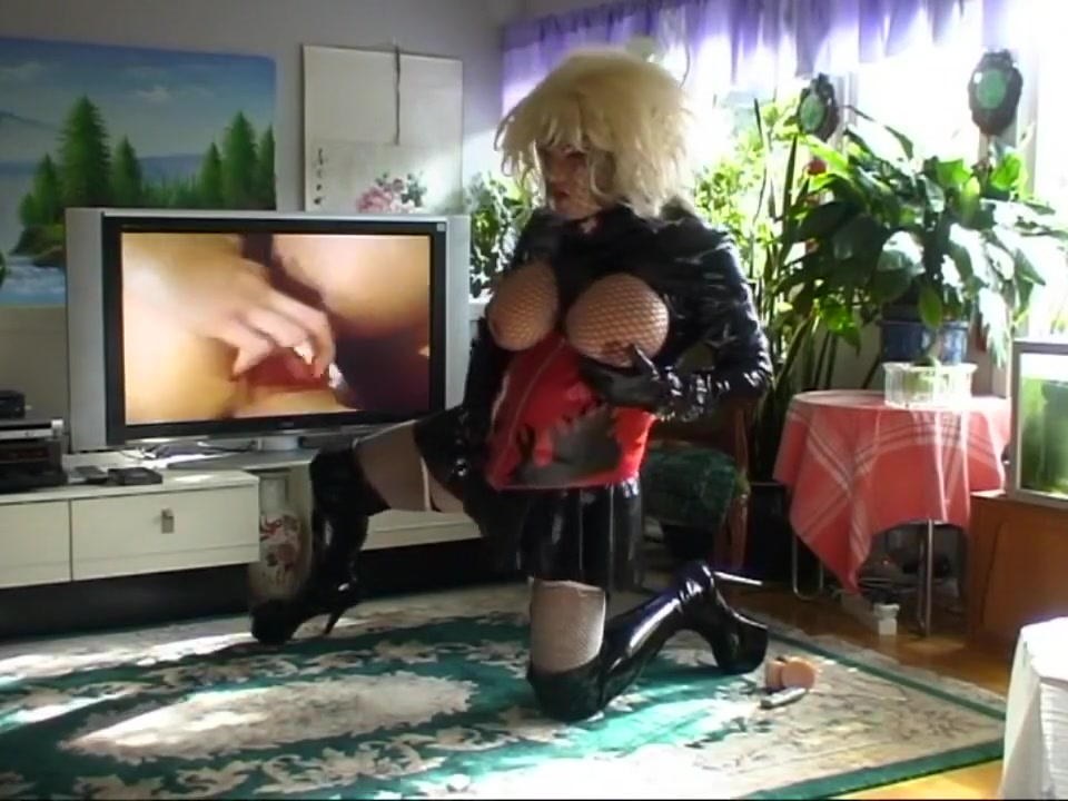 Roxina TV and TV X Best amateur sex threesome