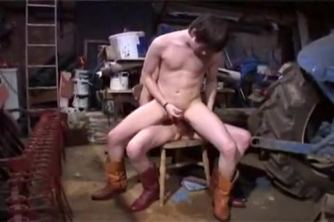Bareback on the Farm shemale stars free shemale picture galleries shemale porn 5