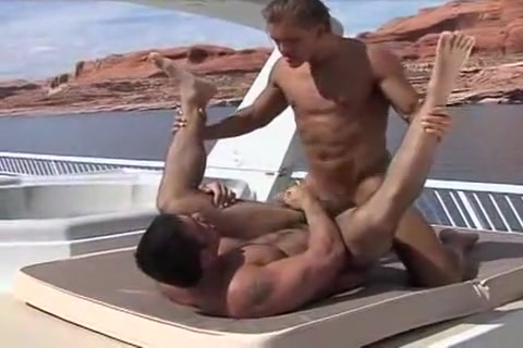 Manly Heat Big ass and tits xviseos riding