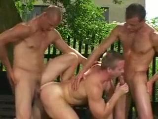 hot Pov bathing lesbian taste