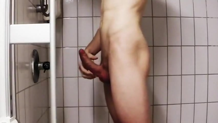 Shower Wank Multi Orgasmi
