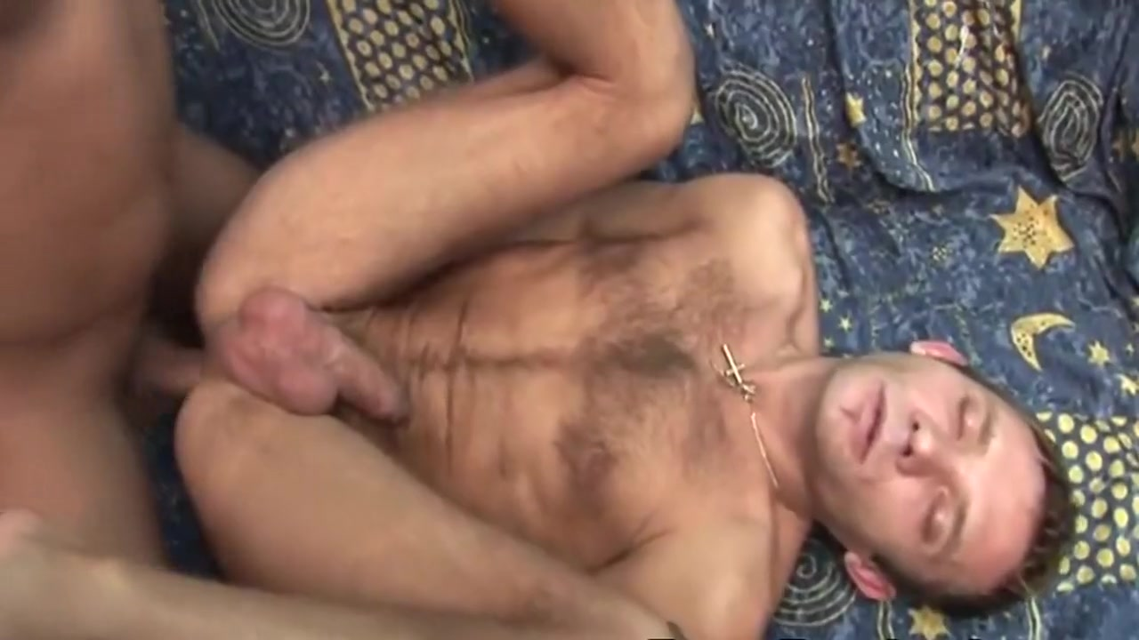 Massive cumshot coming from this two bareback gay Cell phone hentai