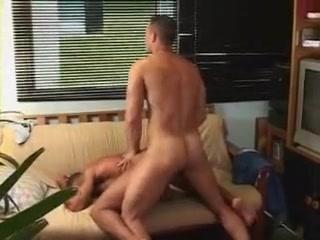 chico teniendo sexo 2 asian girls suck lucky guy