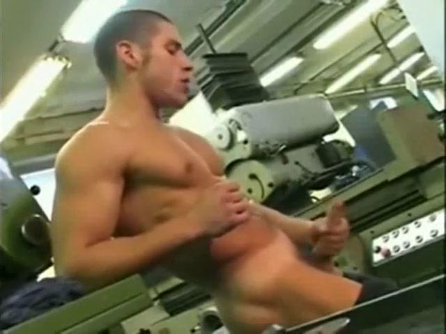 Worker Jerking off white naked irish girl