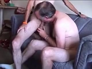 scruffy bum jacks off video gratuite jeune gay