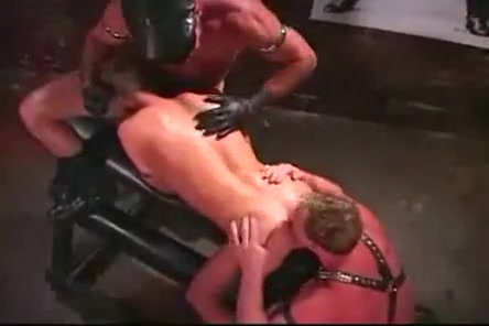 Leather hunks in a basement Free ninel conde gets fuck