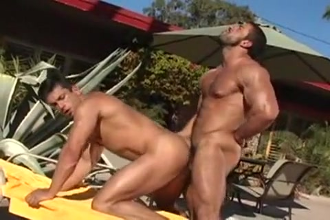 Hot Muscle Men in sfetishdos fucking by the pool Grandmother Drinks Piss