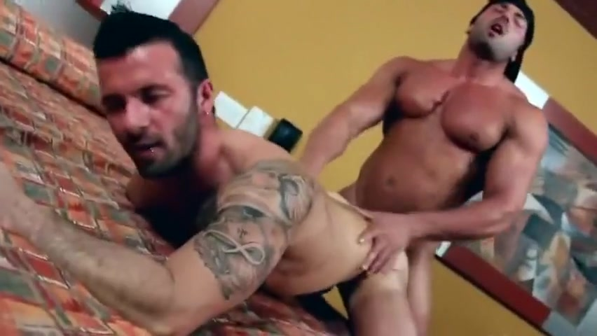 Max fucks Deboxer (Dereck) Free long flash porn