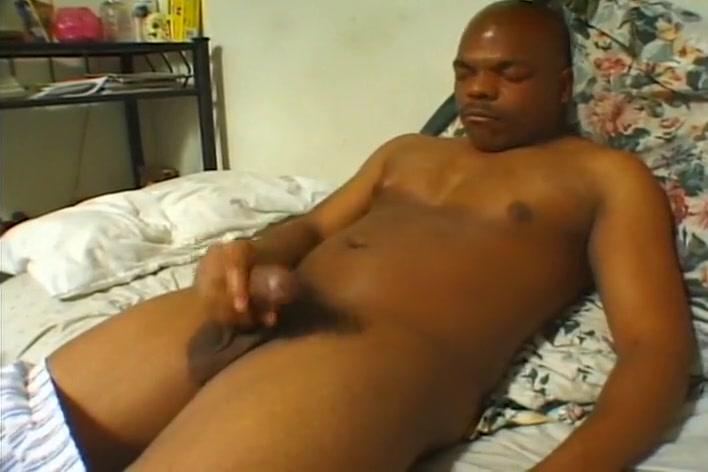 A Hung Ebony Stud Strokes His Tool Video Of Man Sucking His Own Cock