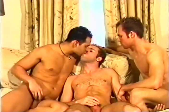 Gay Couple Invites A Guy In For A 3some Small girl nude pic