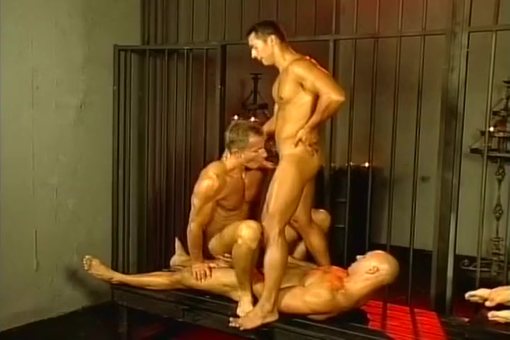 Gay Gloryhole and Fetish Fucking Threesome With Mature Cunt Licking