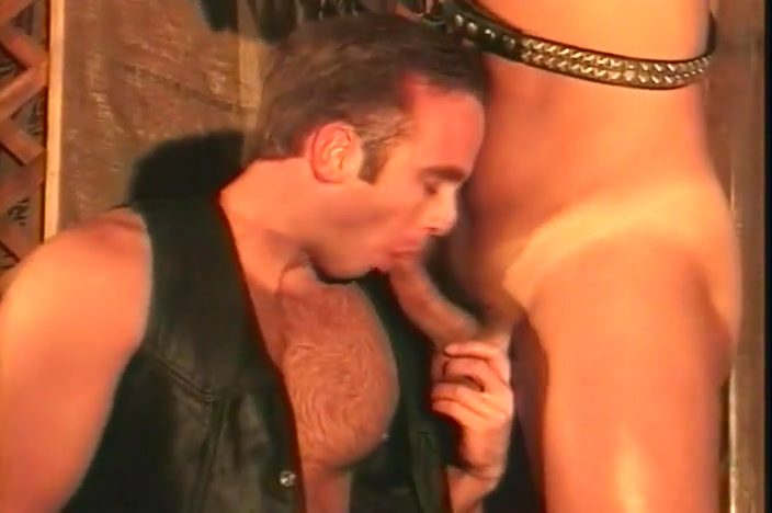 Leather Clad Gay Hunks in Dungeon Sexy kerla anty fuck