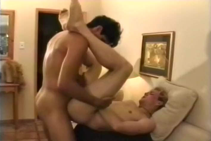Horny Casual Meet Up Turns To Hard Anal hairy hungry lesbian pussy