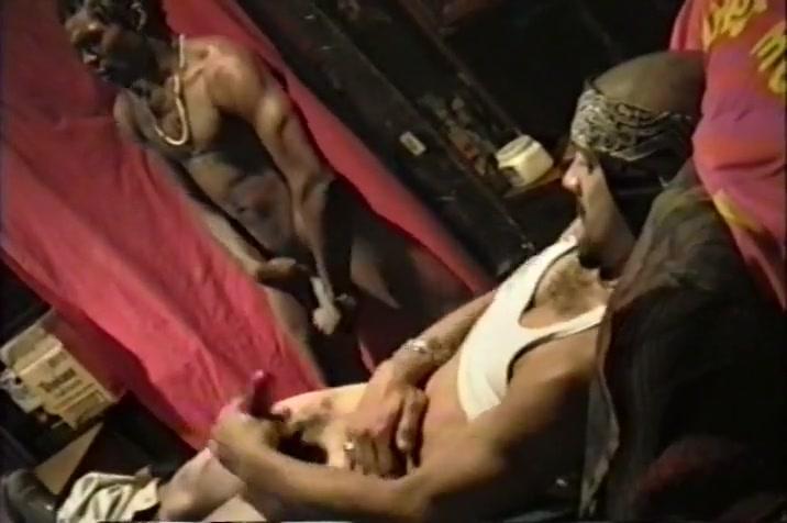 Mutual Gay Masturbation with Ebony Hunks Tips on hookup a puerto rican girl