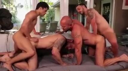 4 Hunks Bareback Sexy girls thick legs naked